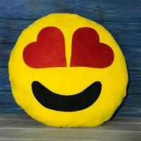 Подушка Смайлик с сердечками