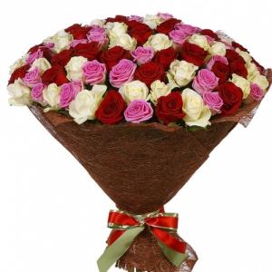 Букет 101 разноцветная роза